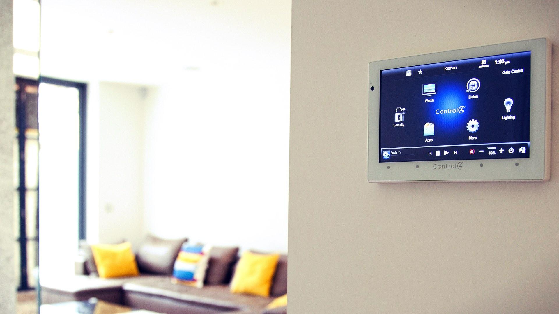 hero-smart-home-in-wall-touchscreen